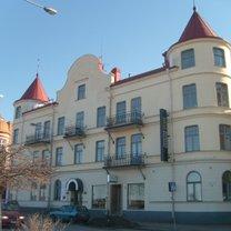 """@ Östra Storgatan 2, """"Stora Hotellet"""" centralt, mittemot järnvägstation"""