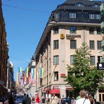 Drottninggatan 92/Adolf Fredriks Kyrkogata 12, Drottninggatan