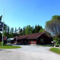 Furusundsvägen 99E, Lanna