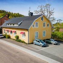 Volrath Bergs väg 11, Tollered