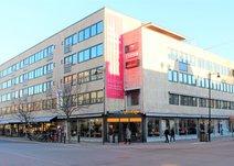 Drottninggatan 6, Centrum