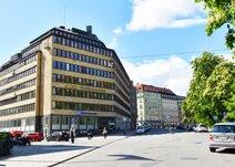 Drottninggatan 97, Inom tull