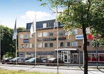 Norrby Långgatan 18, Centrum
