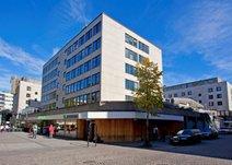 Västra Storgatan 9, Centrum