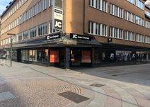Stora Brogatan 11, Centrum
