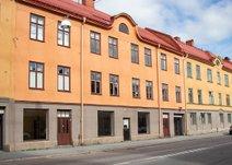 Karlslundsgatan 18, Väster