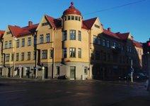 Karlslundsgatan 20A, Väster
