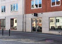 Västra Vallgatan 8, Centrum