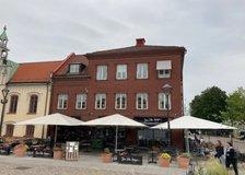 Hertig Johans torg 16, Centrum