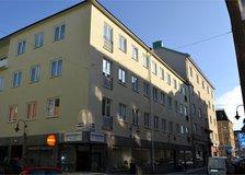 Nybrogatan 19, Stadsmon