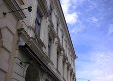 Viktoriagatan 3, Centrum