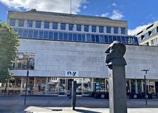 Lilla Brogatan 19-21, Centrum