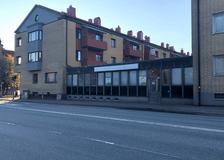 Västra Nobelgatan 21, Väster
