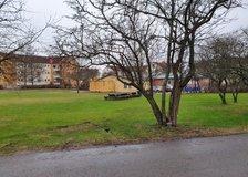 Västra Vintergatan 190, Väster