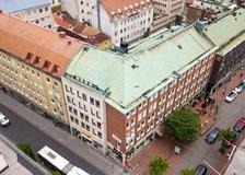 Västra Storgatan 5, Väster