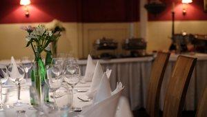 restaurant-4960445_1920.jpg