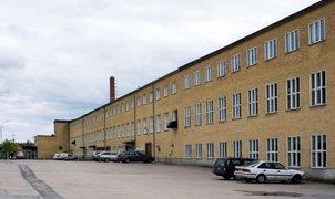 Granvägen 1, Sverige