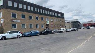 Konsumentvägen 9-11, Älvsjö