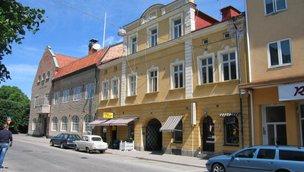 Västra Långgatan 1, Centrum
