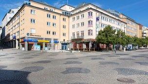 Kungsgatan 36-38, Centralt Innanför Promenaderna