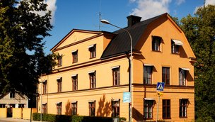 Övre Slottsgatan 1, Övre Slotts