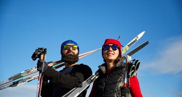 På vintern kan man åka skidor på gärdet.