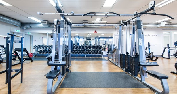 Husets välutrustade gym, just nu gratis för våra hyresgäster
