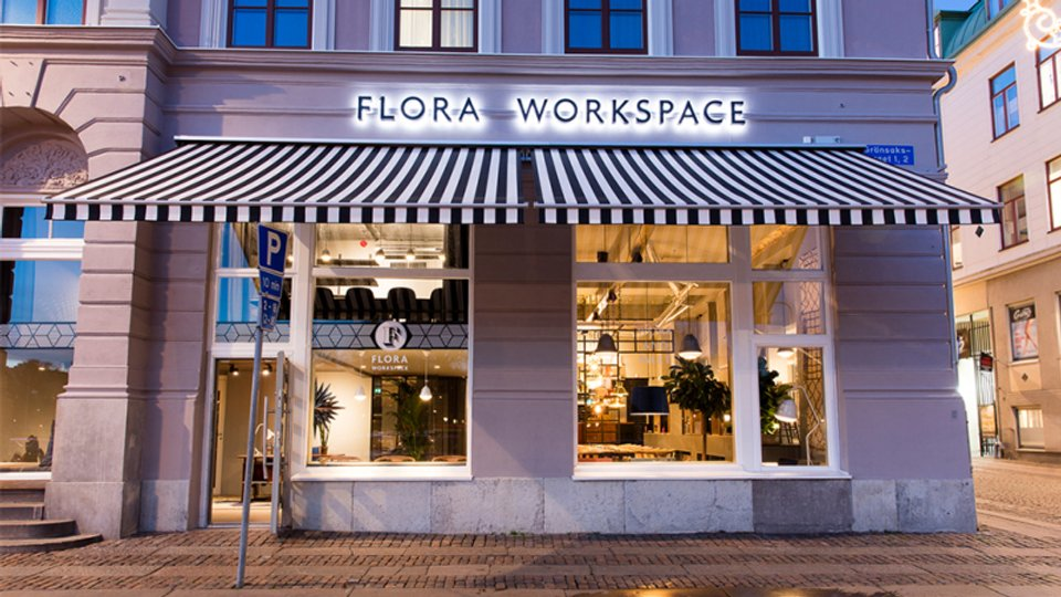 Flora 3.jpg