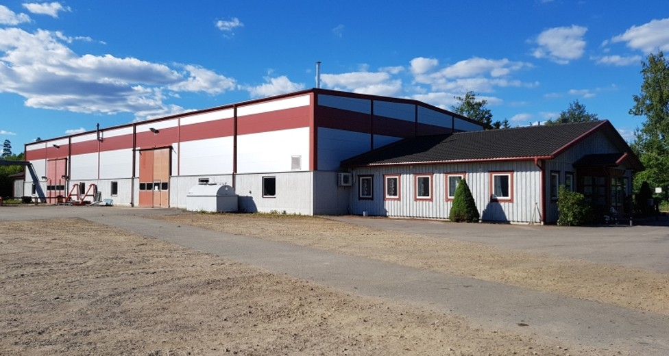 Flexibel verkstads-/lagerlokal 1000 kvm + kontors- och gemensamhetsutrymmen.
