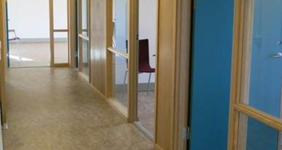 Korridor mot kontor.jpg