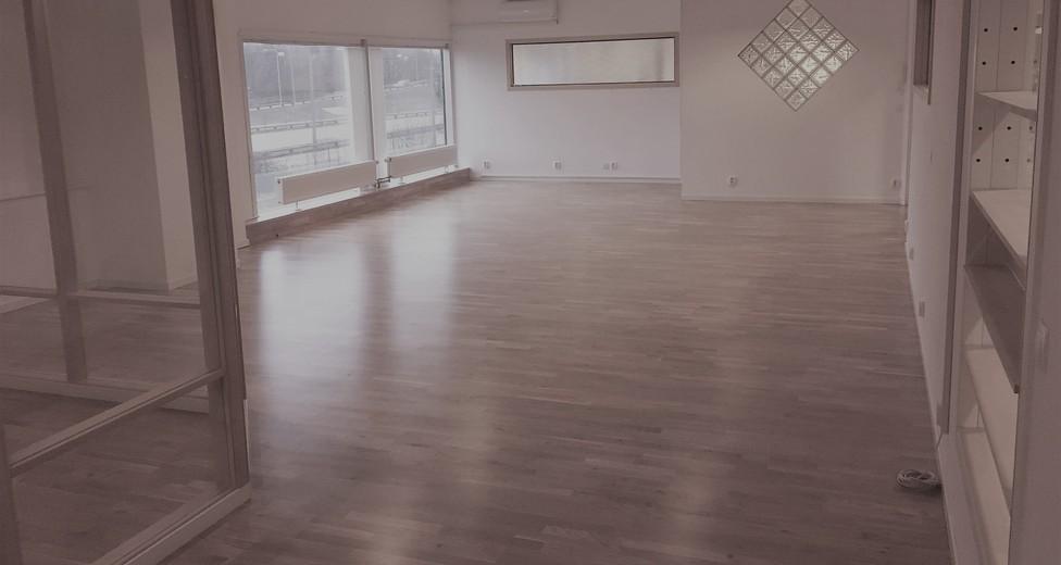 KONTOR -SHOWROOM 110 m2
