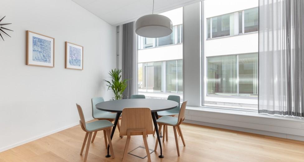 Spaces 4992 Brygghuset Lundbyvassen Sweden Small Meeting Room.jpg