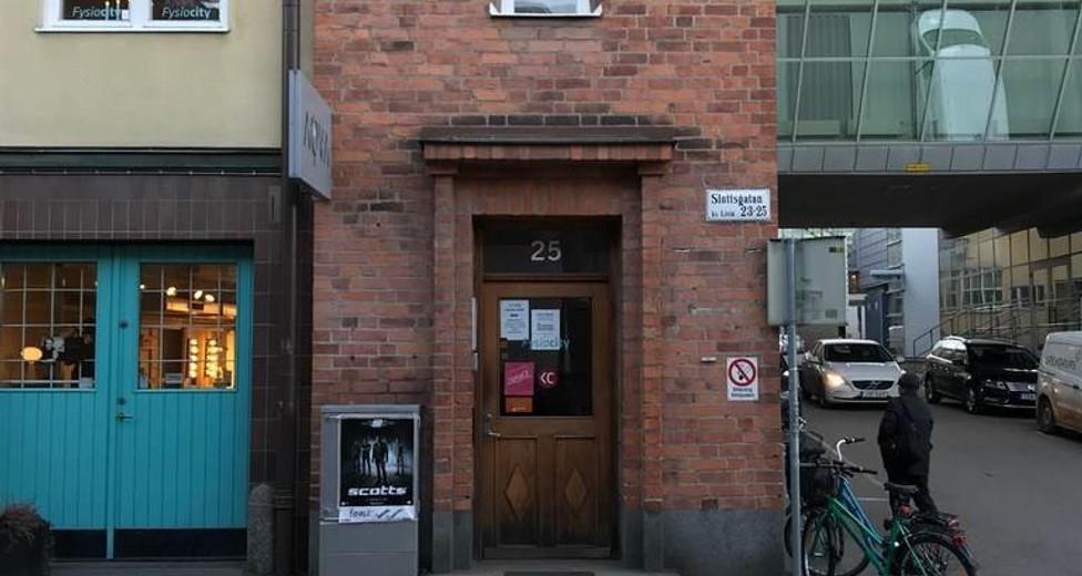Entre Slottsgatan 25.jpg