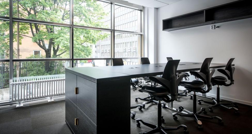 4. Office.jpg