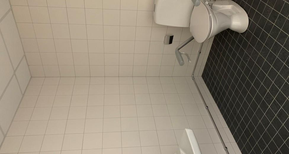 Lokal 3 wc.jpg