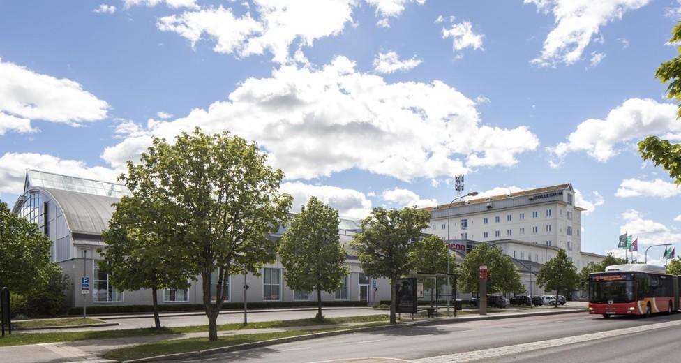 Collegium, Vänster