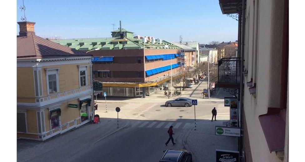Västra Tullgatan 6
