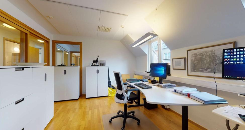 Rymligt kontor