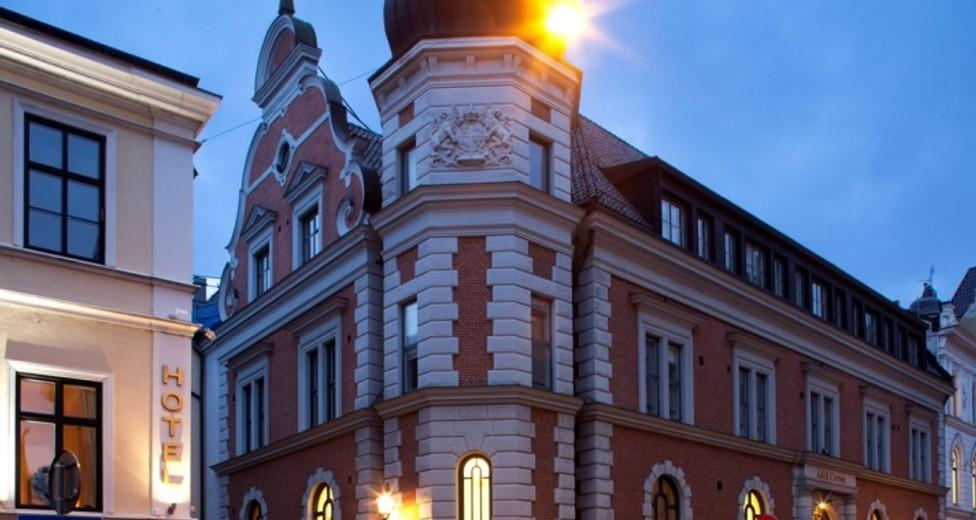 Adelgatan 6