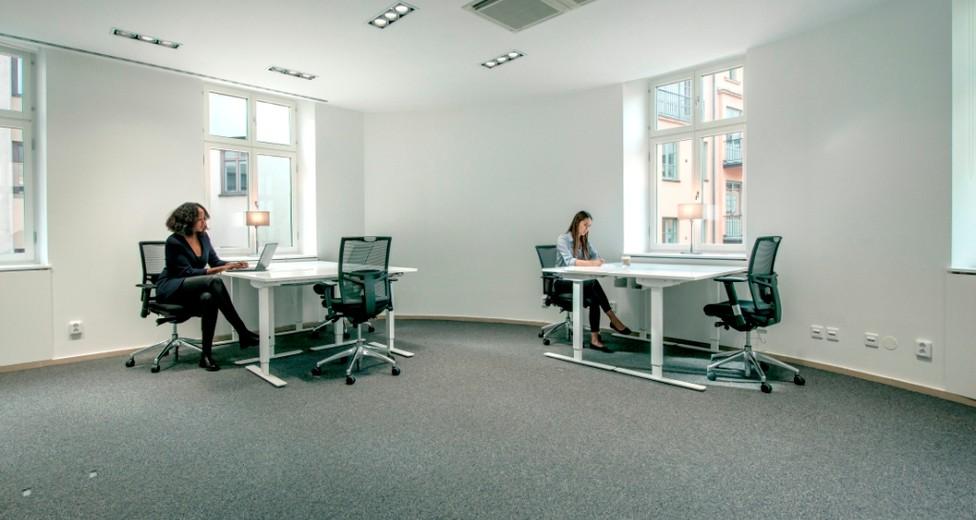 Regus  Beskow  Stockholm   Sweden 3684 03-03-2015  Large office with external window  alt 1.jpg