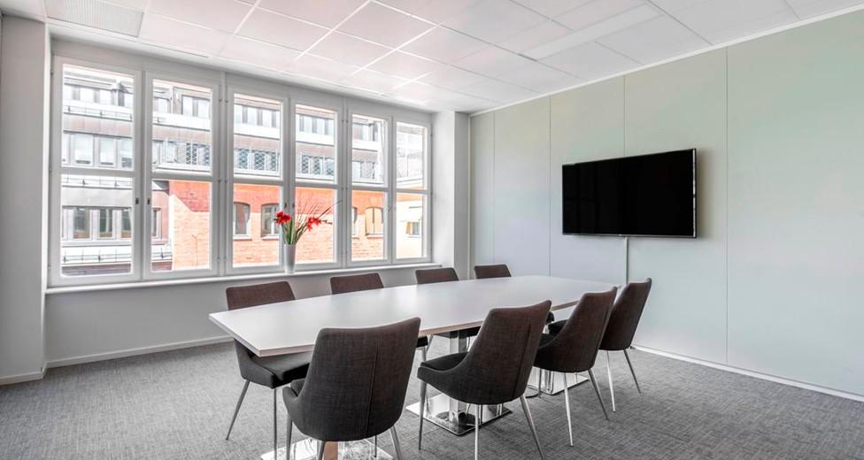 Regus Stockholm Central 837 Norrmalm Sweden Large Meeting Room - Master Samuelsgatan 60.jpg